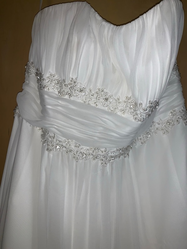 Wedding gown from David's Bridal strapless size 14 2eaea65a-b923-4ee7-b213-4942873bf774