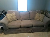 couch Radcliff, 40160