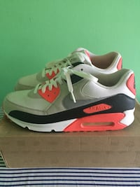 Nike Air Max 90 size 11 Hampton, 23666