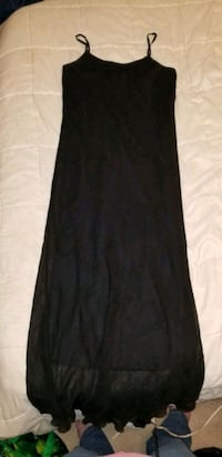 WOMEN'S DRESS SIZE S-M Winnipeg, R3C 1C4