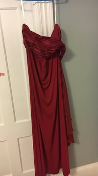red silk sleeveless formal dress Manchester, 03103