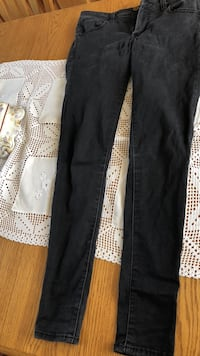 black and white floral pants Ludlow, 01056