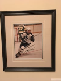 Autographed ice hockey player photo Mississauga, L5N 2N4