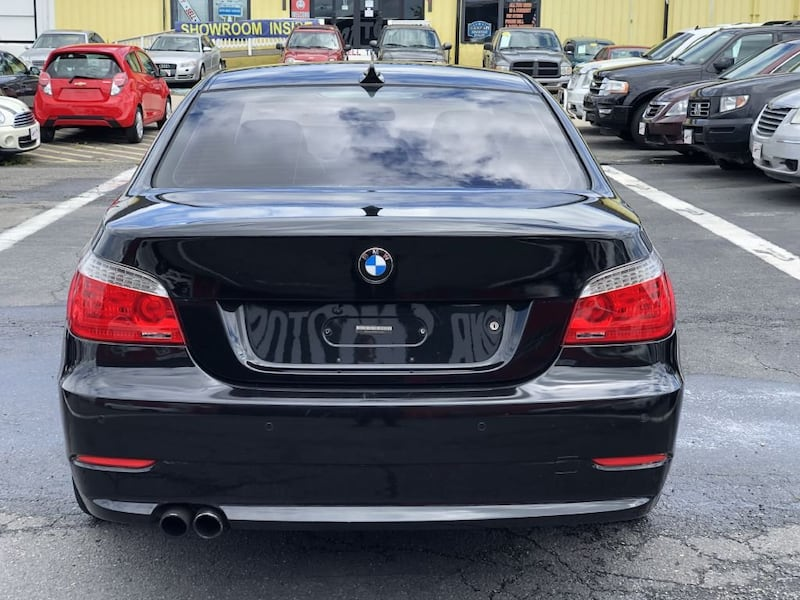 BMW 5 Series 2009 64de4beb-7a9f-46a6-9782-e2665be68647