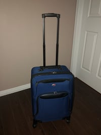 Expandable Carry on . 4 wheelers Richmond Hill, L4E 0S2