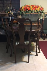 Table & Chairs Springfield, 22150