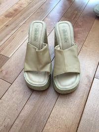 pair of beige leather open-toe sandals Richmond Hill, L4S 1A6