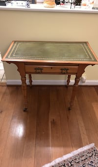 Old antique English writing desk  Vienna, 22181