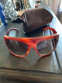 Authentic Tom ford sunglasses. Used for a few times. Paid over $500  Toronto, M4B