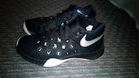 Nike running shoes size 6.5 West Haven, 06516