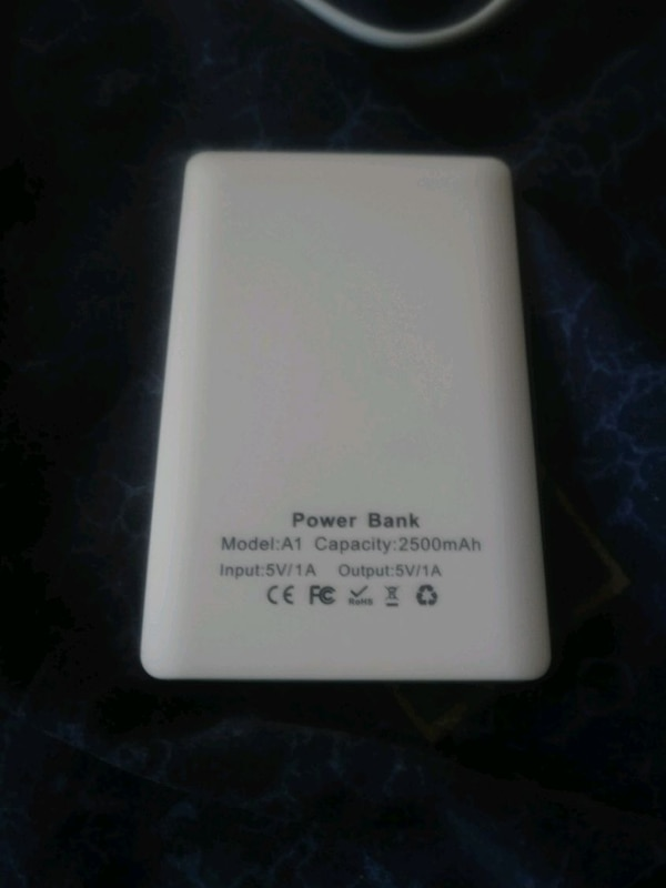 10 Slim Power Banks 8d6021ca-4d7c-4eb9-980c-786728ea10b7