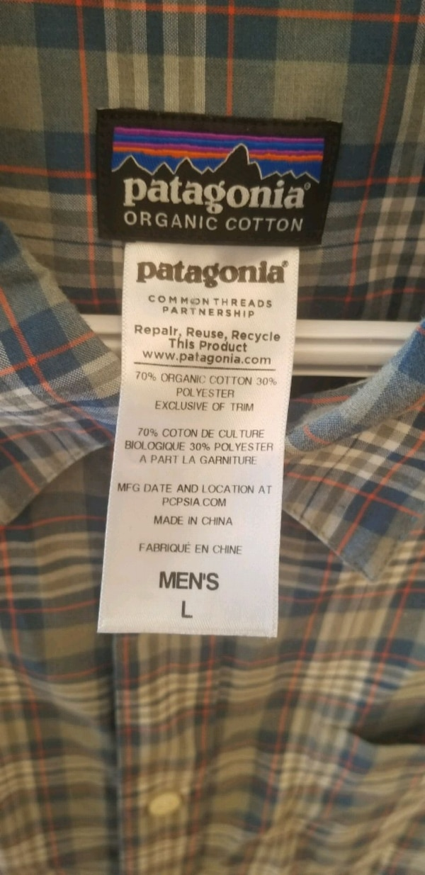 Men's large Patagonia button-up collared short sle 565db315-ae64-40d6-95ff-90319dffbbf0