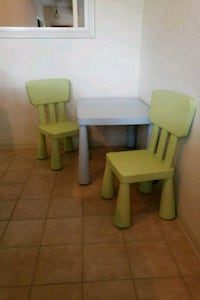 Children's table and chairs Corpus Christi, 78413