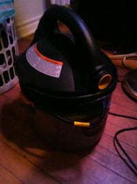Stinger wet/dry shop vacuum...almost brand new.  St. Catharines, L2R 5B8