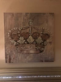 Brow and white crown painting