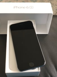 Space gray iphone 6s with box Whitby, L1M 2M1