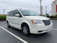 Chrysler Town and Country PREMIUM minivan District Heights