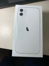 REAL IPHONE 11 WHITE Montreal