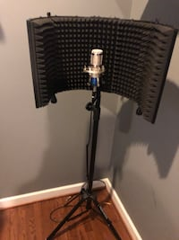 Sound Shield Vocal Reflection Filter with stand 63 km