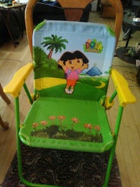 green, yellow, and blue Dora the Explorer camping chair Milwaukee, 53207