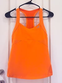 Women's ADIDAS Workout Top w built-in Bra! Las Vegas, 89101