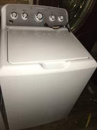 white top-load clothes washer Las Vegas, 89101