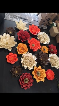 Made to order paper flowers/backdrop Vaughan, L4L 6X9