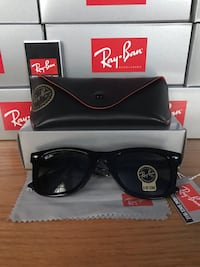 Ray-Ban Wayfarer 2140 Men/Women sunglasses Oxnard, 93030