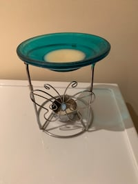 Scented wax melter Oakville, L6L 4X3