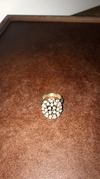 Antique 10K pearl ring size 7 Los Angeles, 90034