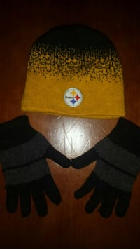 Steelers Sideline Beanie and Gloves