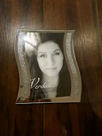 4x6 picture frame (with box)  Laval, H7P 3B6
