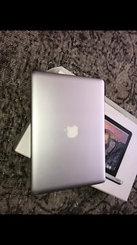 "Macbook ""13 8477 km"