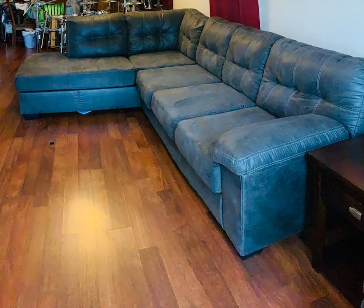 Smokey Grey Sectional & Recliner a2165302-3eef-41eb-8bb2-c41f7289bb51