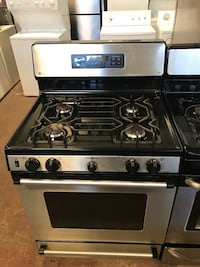 GE gas stove stainless steel 4 months warranty  Baltimore, 21230
