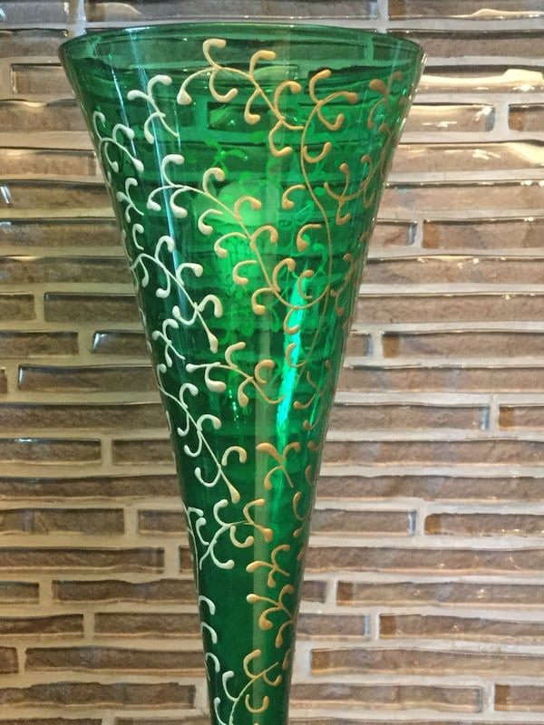 """VINTAGE BOHEMIA / VENETIAN EMERALD GREEN AND GOLD HAND PAINTED 10 1/2"""" BUD VASE ed78a185-beed-4b27-8fb3-84390d37f9ad"""