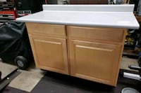 Oak cabinets with formica top Woodbridge Township, 07095
