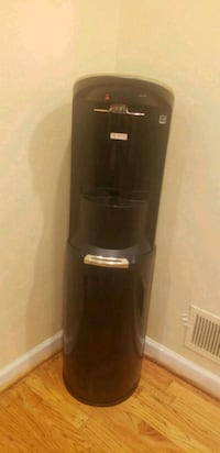 black and gray Arcelik water dispenser Hyattsville, 20783