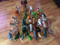 Animal figures- great condition Washington, 20024