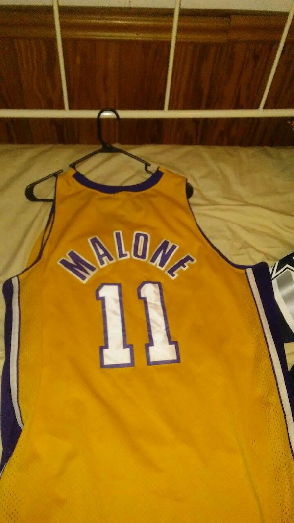 more photos e39bf 6eaec purple and gold Karl Malone 11 Lakers Jersey shirt