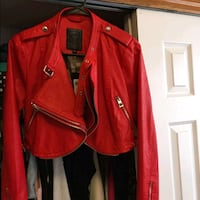 EUC GUESS FAUX LEATHER CROP JACKET Brampton, L6Y 5A8