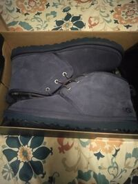 Uggs size 11 put on ones still new Chesapeake, 23320