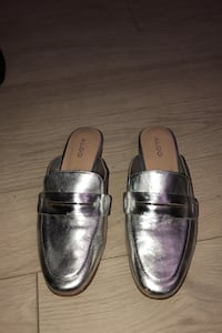 Metallic silver slide on loafers Toronto, M6A 0B4