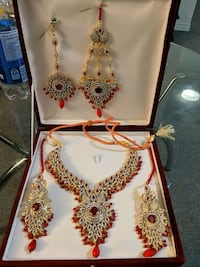 Bridal jewelry...red ..worn once..purchased for $300 Richmond Hill, L4C 0B1