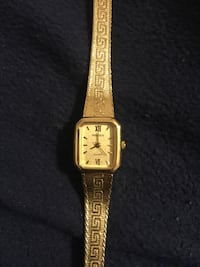 Gruen vintage battery powered watch. Needs new battery   New Westminster, V3M 1S8