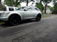 2005 Infiniti FX35  Middle River