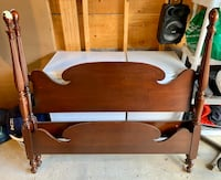 Antique Mahogany Double/full bed frame