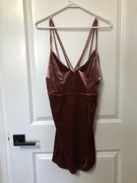 Boohoo Velvet Dress (medium)