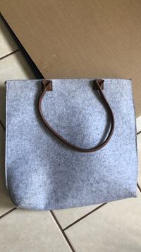 Grey purse Los Angeles, 91325