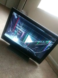 32in Sony flat screen tv Capitol Heights, 20743